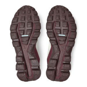 backdoor_grindelwald_running_on_cloudventure_waterproof_running_shoe_women_white_dawn_3
